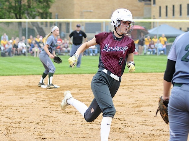Photo for Morningside Drops Softball World Series Opener