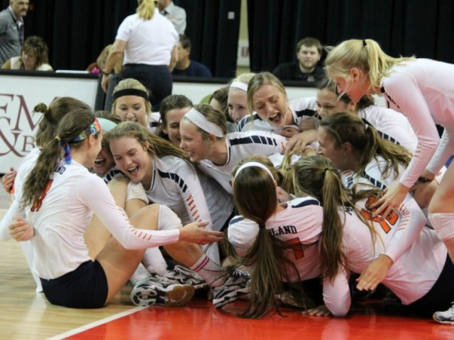 Photo for Midland Advances to First Ever NAiA Volleyball Fab Four